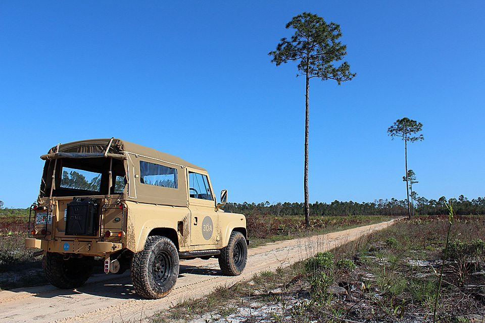 30A Land Rover Defender 90