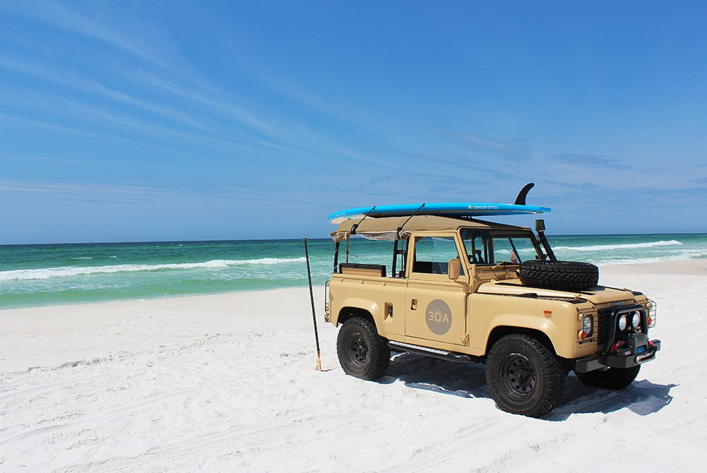 1000 30a Land Rover On Beach Hi Res 2 30a