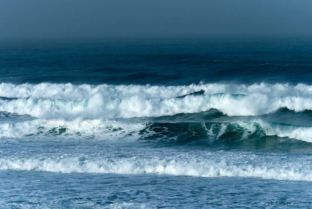 stormy-beach-1000