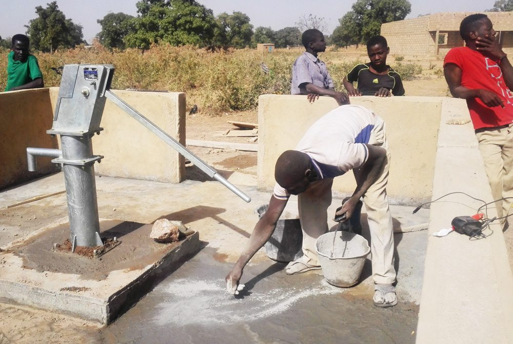 A water well was finished in Nabadogogo in December 2015.