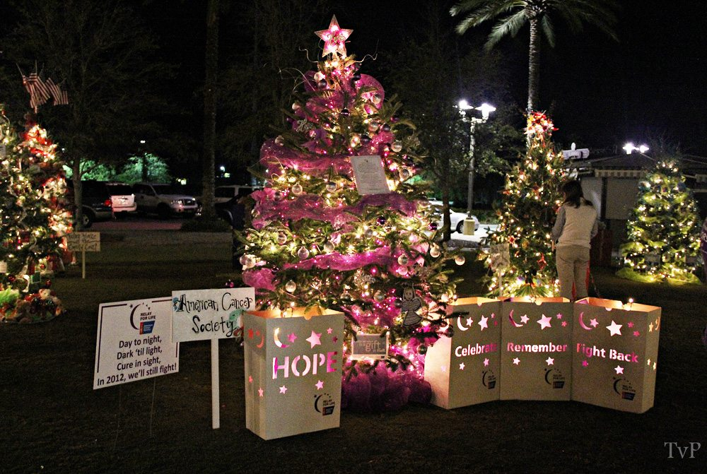The American Cancer Society decorated this tree on display as part of the Festival of Trees at Grand Boulevard. Photo by Grand Boulevard.