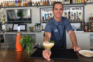 Beach Cocktail: Poma Pineapple Margarita