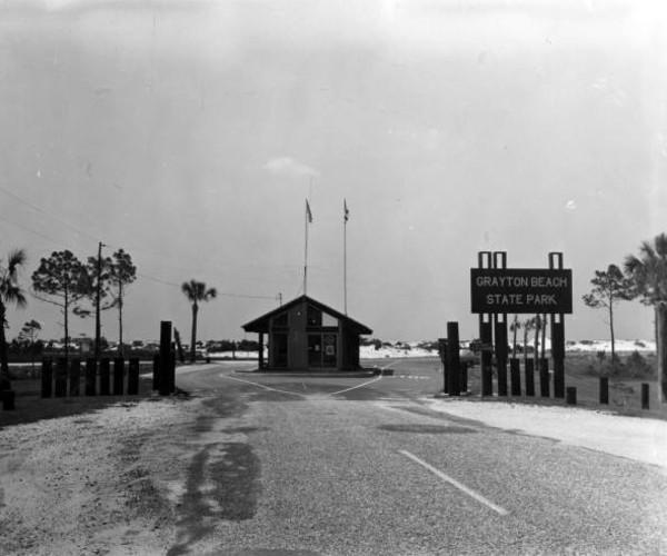 Entrance to Grayton Beach State Park. Photo: floridamemory.com
